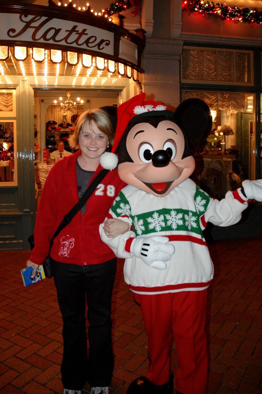 Holiday Mickey Disneyland Park