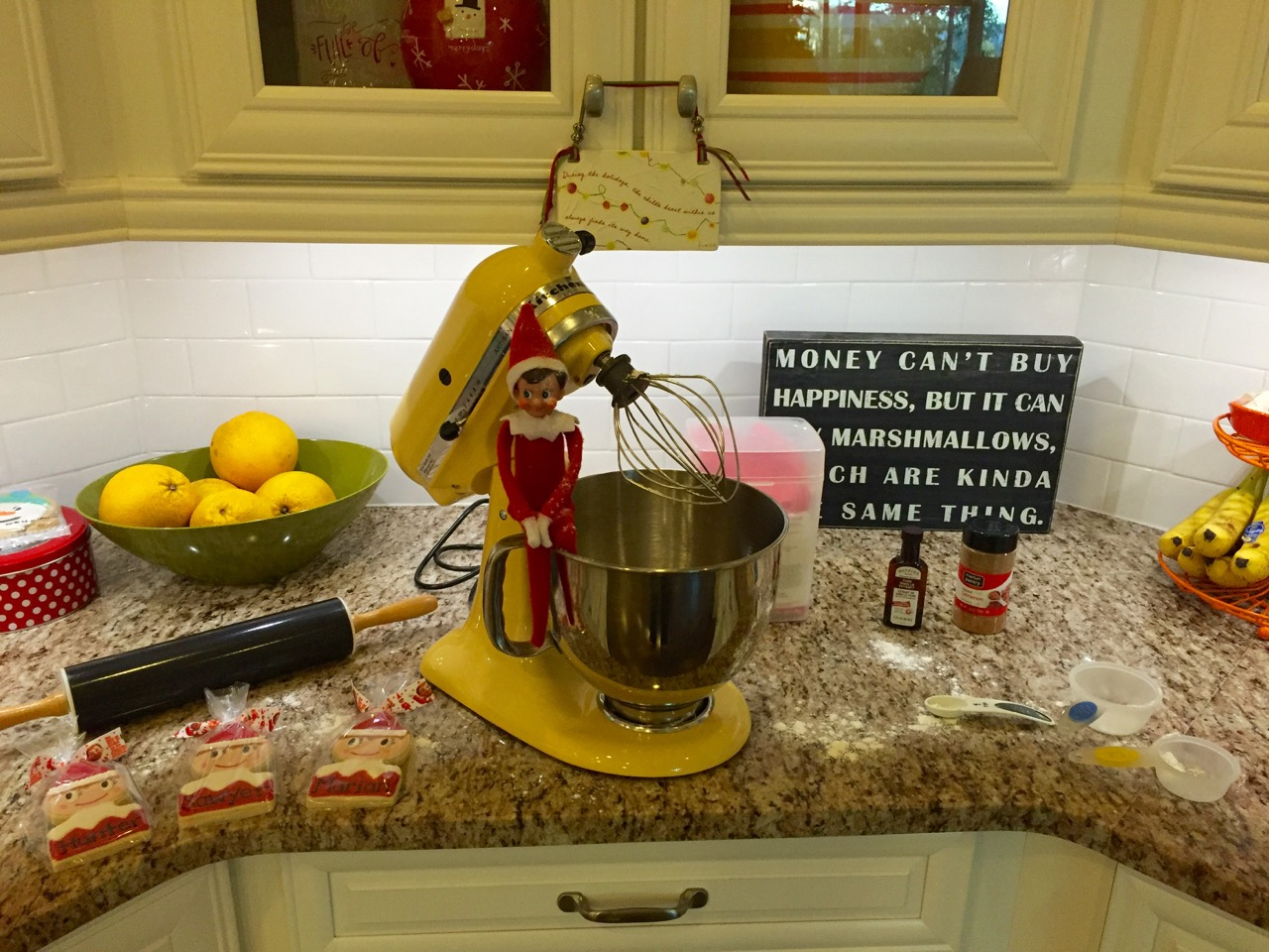 Elf on the Shelf Makes Cookes