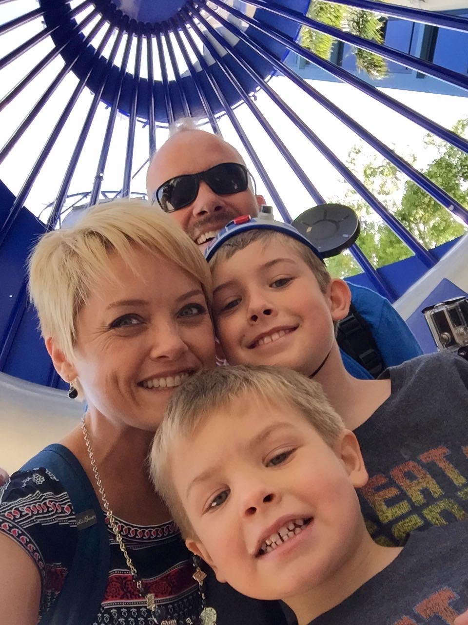 Disneyland Hotel Selfie