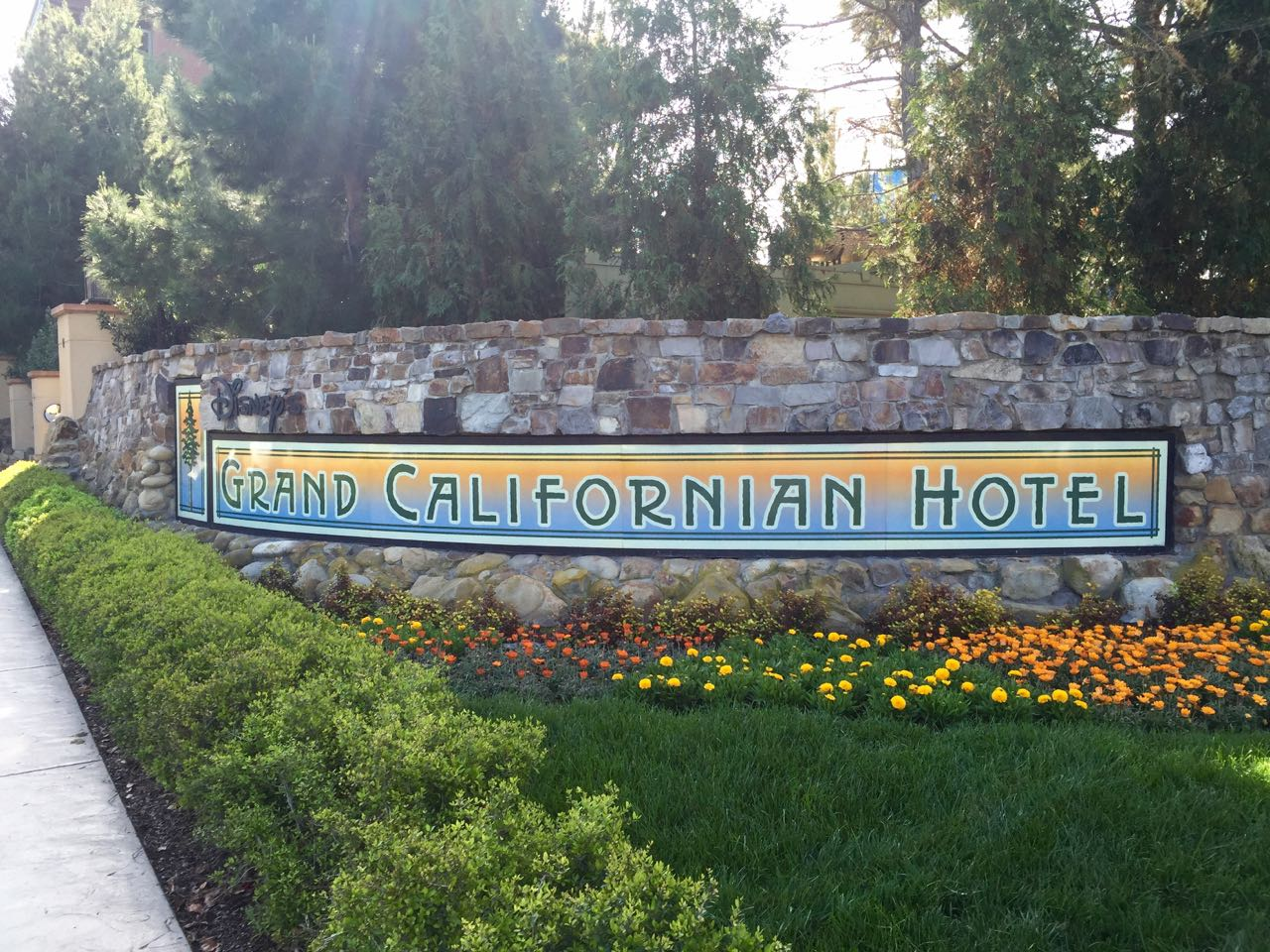 Disney\'s Grand Californian Hotel Sign