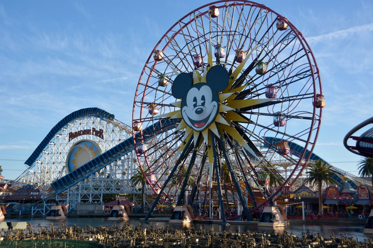 Mickey's Fun Wheel Disney's California Adventure Park