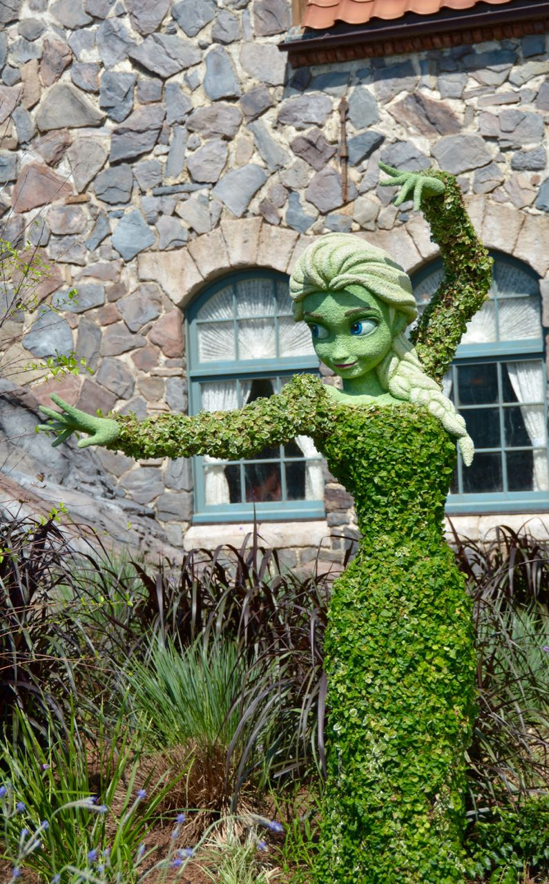 Elsa Topiary Epcot Flower & Garden 2016