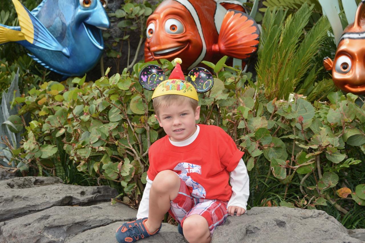 Epcot Nemo Rocks