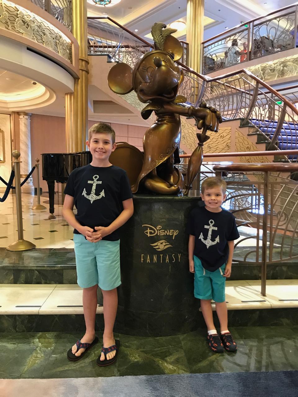 Disney Fantasy Minnie Statue