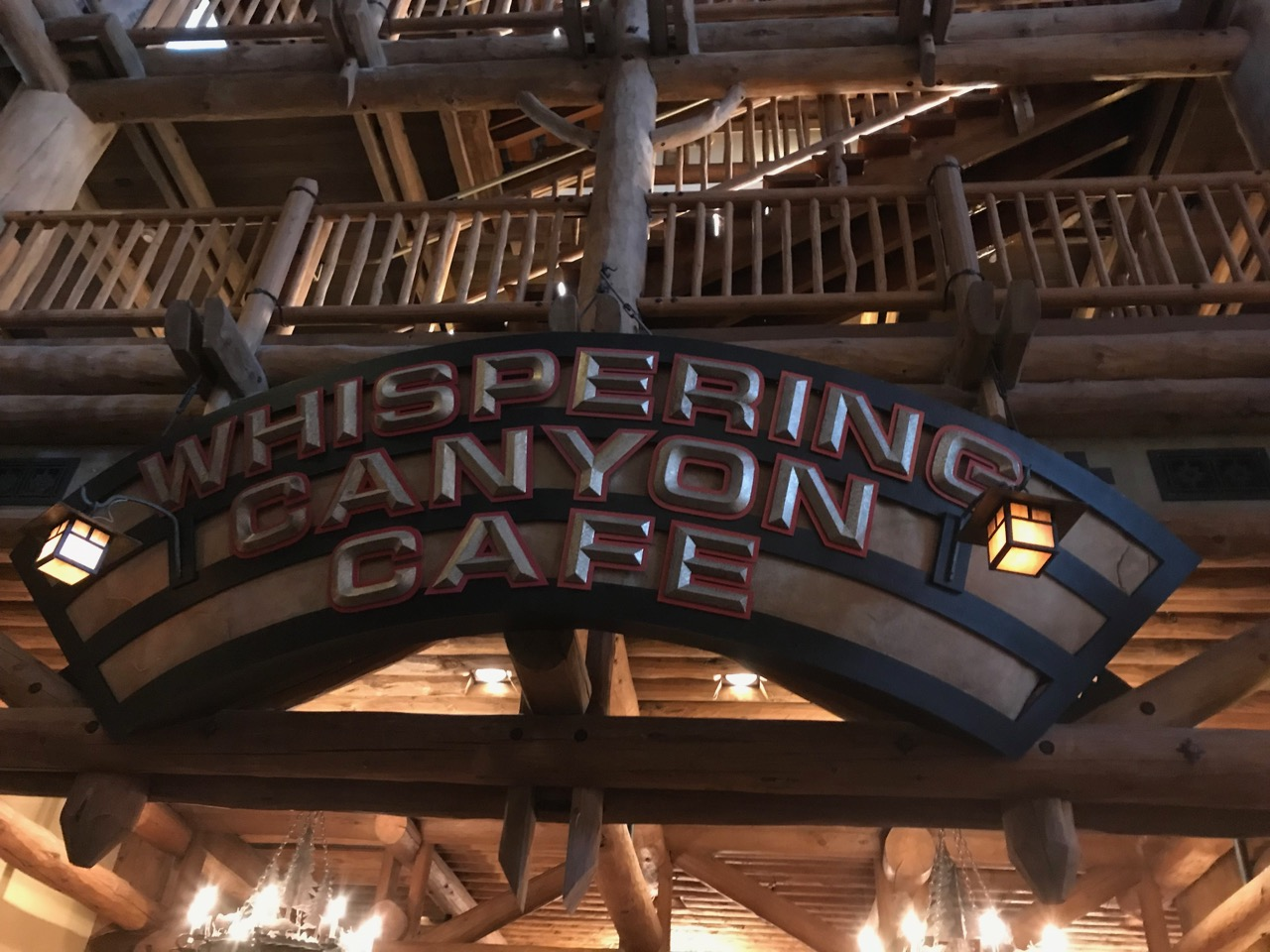 Disney\'s Wilderness Lodge - Whispering Canyon Cafe