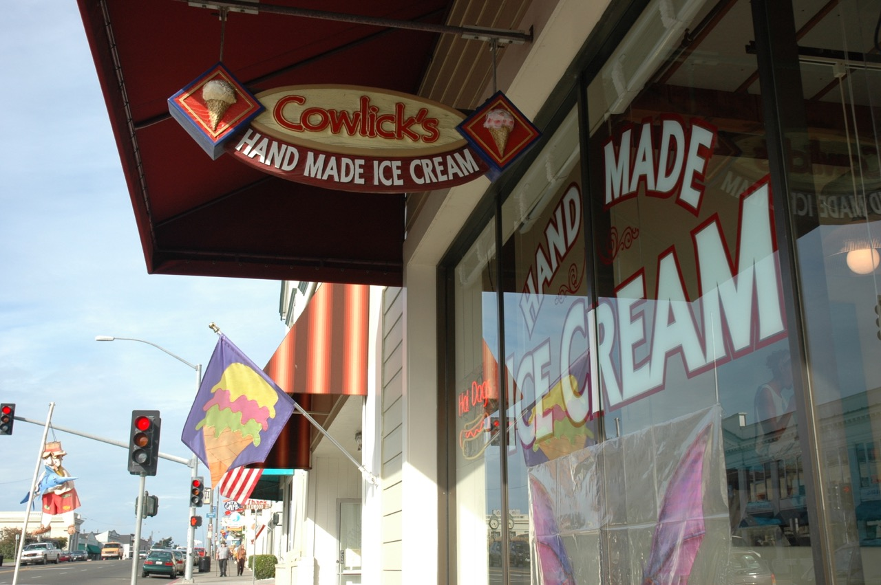 Cowlick's Hand Made Ice Cream Fort Bragg CA