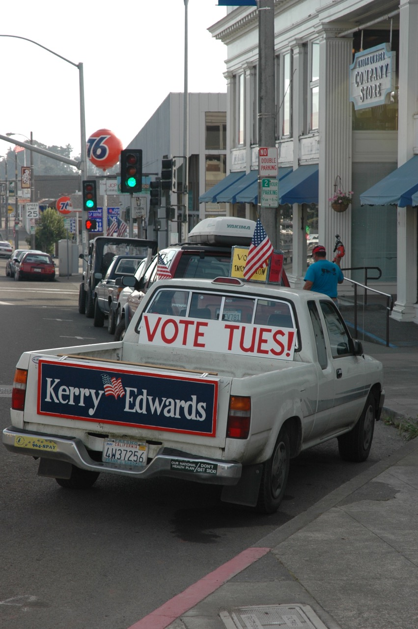 Election Truck in Fort Bragg CA