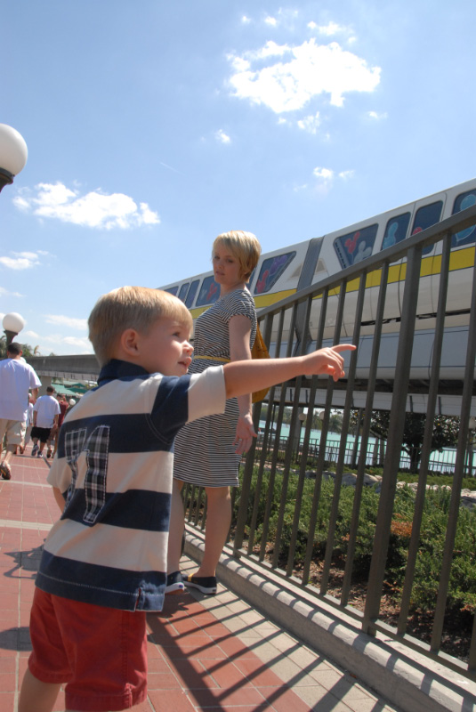 Hunter sees the yellow monorail