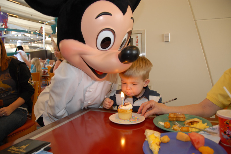 Mickey Mouse and Hunter